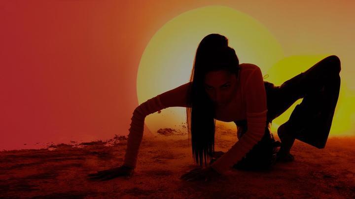 'Tan Influences' playlist, Debut live shows announced