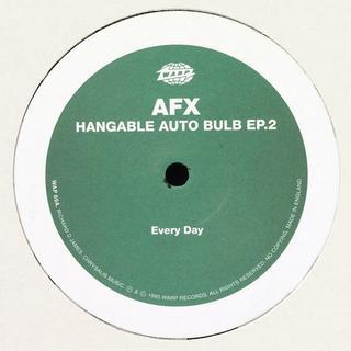 Hangable Auto Bulb 2