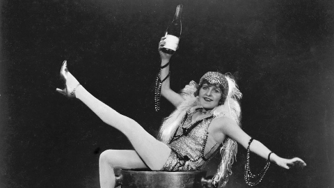 Alfred Hitchcock's 1928  silent film Champagne receives new score by Mira Calix